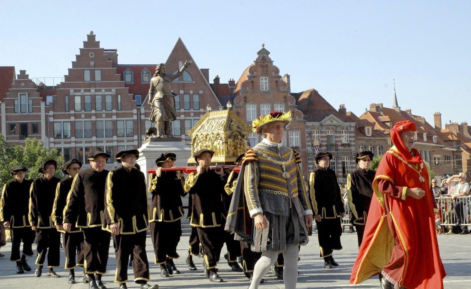 Grande Procession de Tournai et ses cortèges