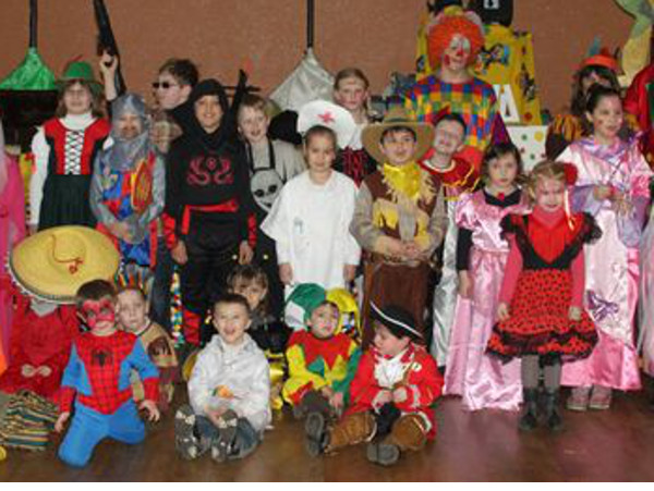Carnaval des enfants à Hastière