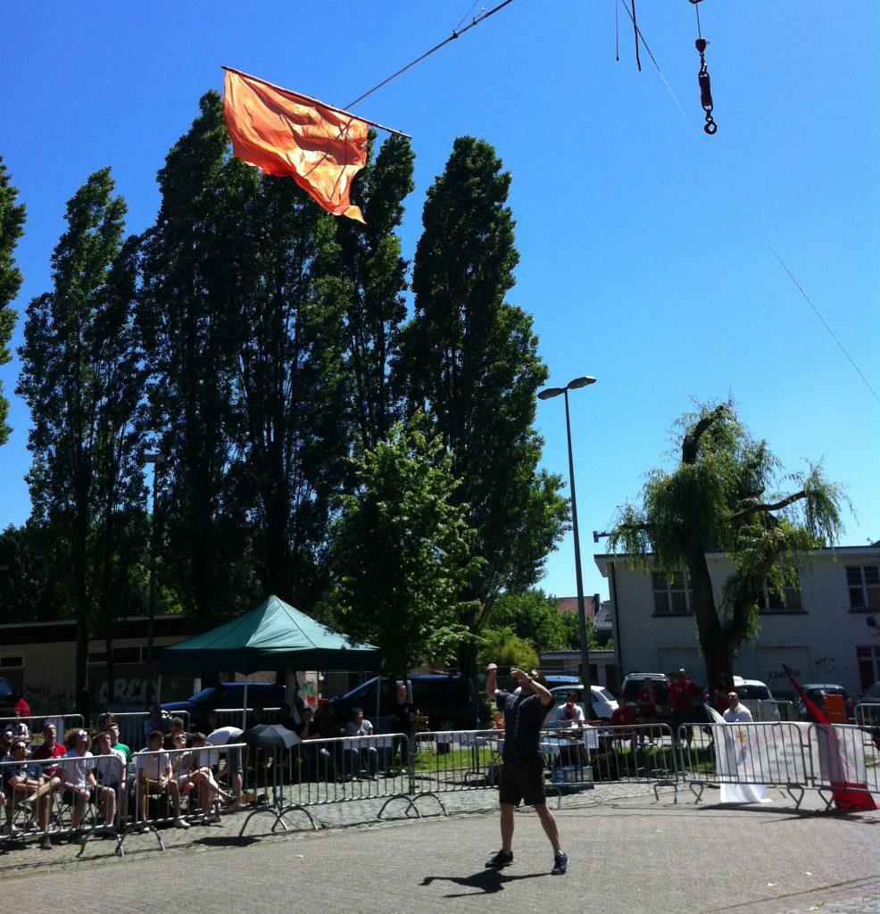 Concours lancer de drapeaux