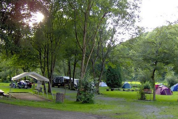 Camping: Cobut