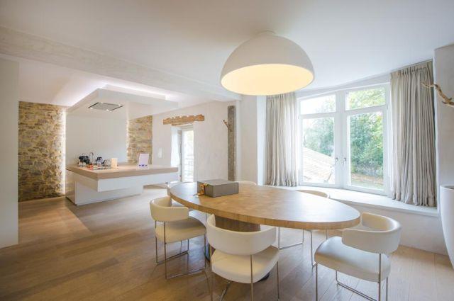 Namur - Ne5t Hotel & Spa (Suite Blanche)