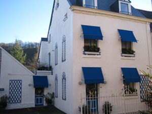 La-maison-bleue-waulsort